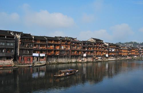 凤凰沱江,沱江吊脚楼,沱江河风景区